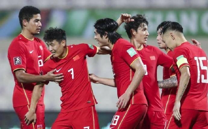 国足在12强再不争气 以后足球在中国环境更加糟糕了