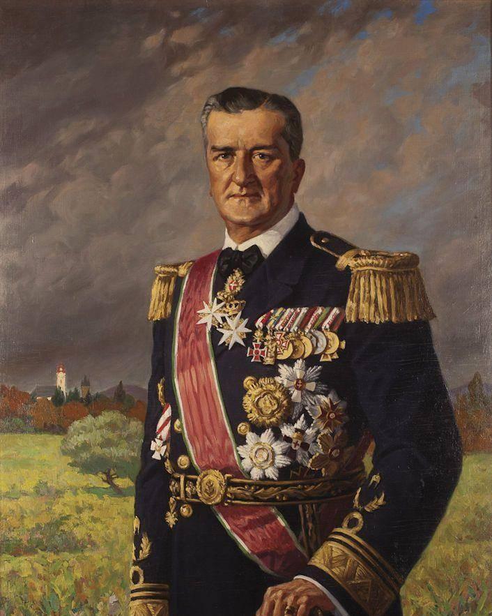 """二战德军""""铁拳""""行动:虎王坦克对匈牙利的全面碾压"""