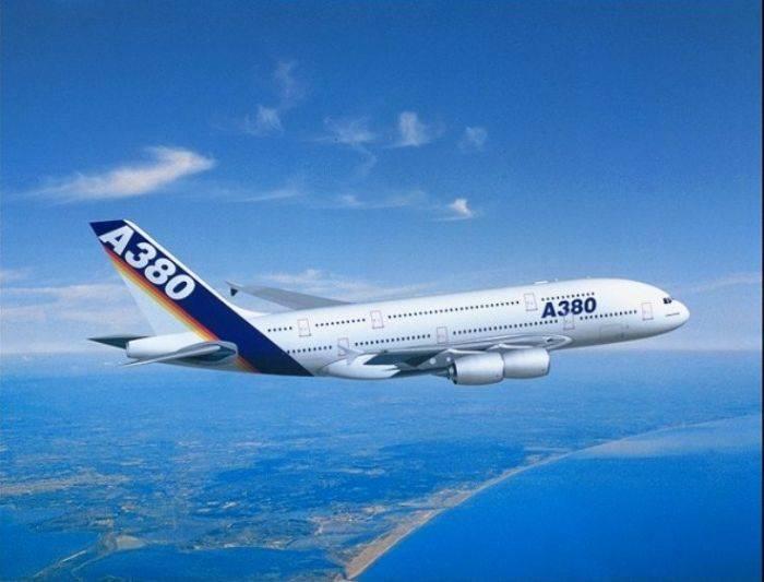 大型飞机那么重 为什么却能轻松飞上天呢?