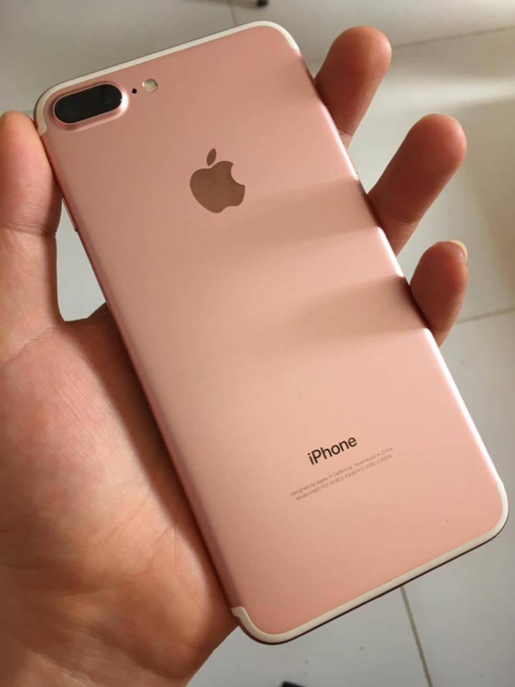 老婆本来想买iPhone 13,被我一顿好言相劝后:还是等红米Note 11吧