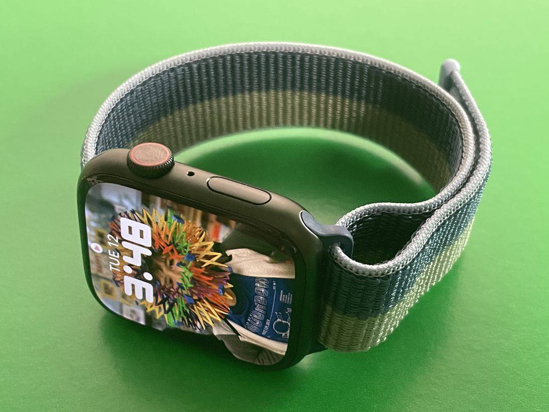 Apple 的 WatchOS 8.1 更新可让您将 COVID 疫苗接种卡放在手腕上