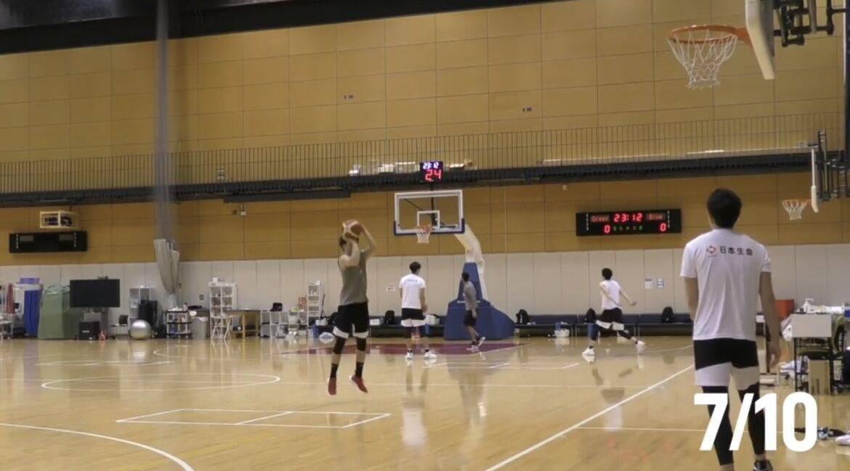 视频-看看对手 日本男篮训练外线三分10投10中