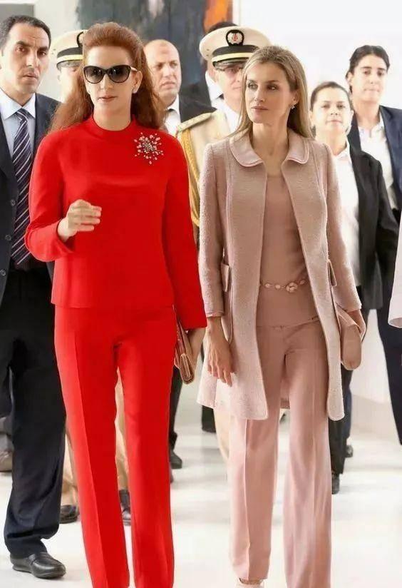 """同为""""失踪王后"""",西米拉终于要回宫,全球最美的她却行踪成谜!"""