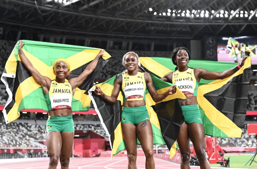 10秒61!奥运女子百米飞人大战汤普森破纪录夺冠