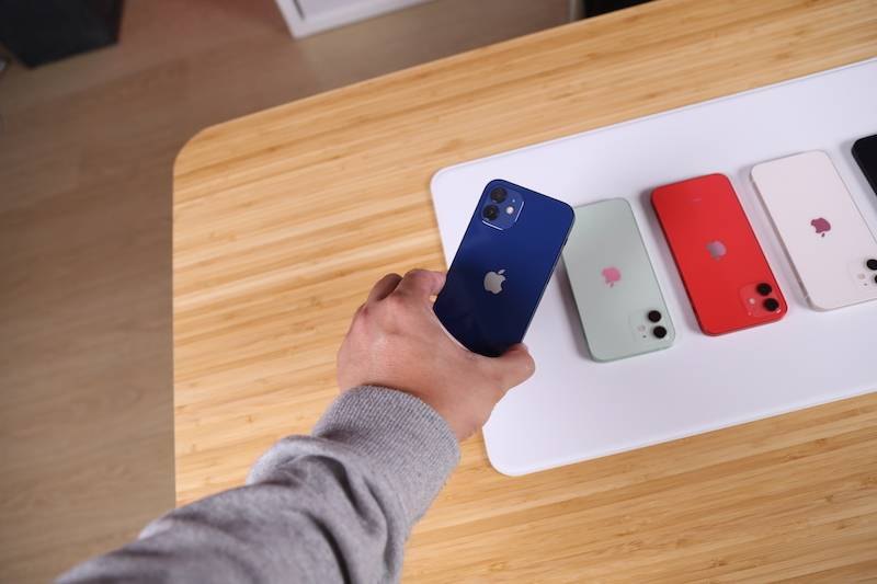 iPhone 12到底有多蓝?摸了真机的人告诉你的照片 - 3