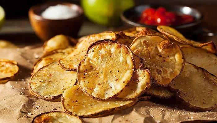 从土豆里吃到八大菜系,薯片为啥让人欲罢不能?