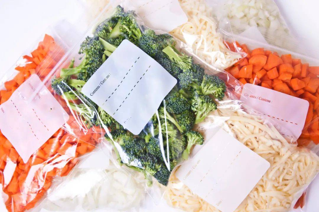 这批抽查的食品接触用塑料制品不合格率高达90%