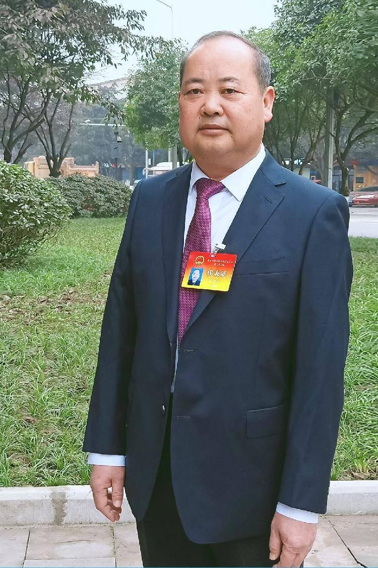 重庆两会·声音|市人大代表吴兴文:建议支持梁平大力实施梁平柚一二三产业融合发展