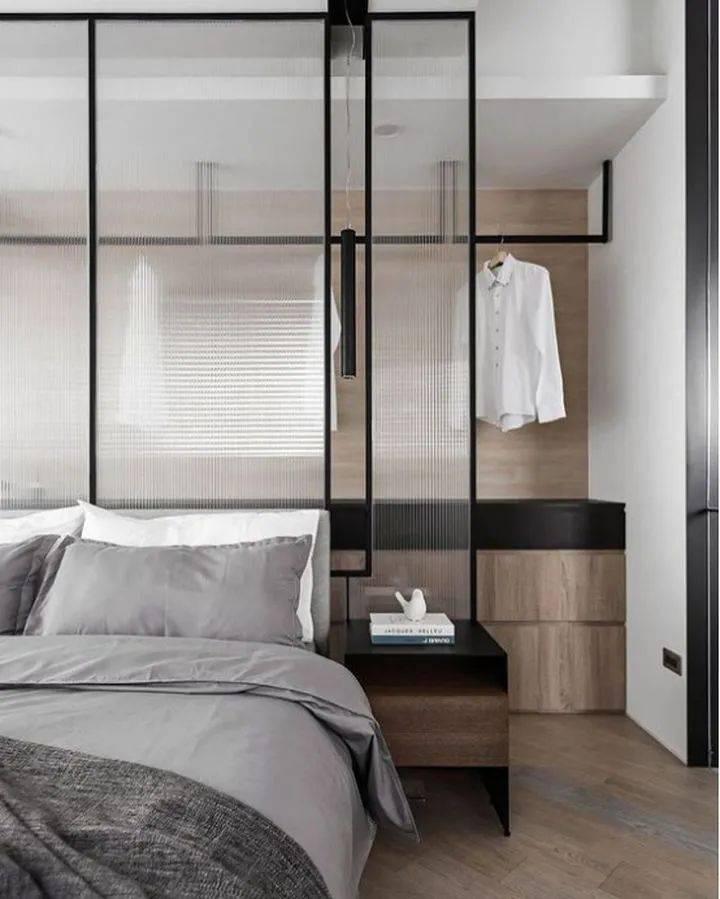 别瞎买衣柜了,2021年pt游戏平台卧室盛行这样装,太惊艳了