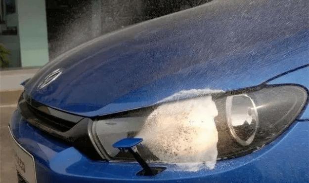 车子最不实用的五种配置,买回家基本没必要。你的车上有什么花招吗?