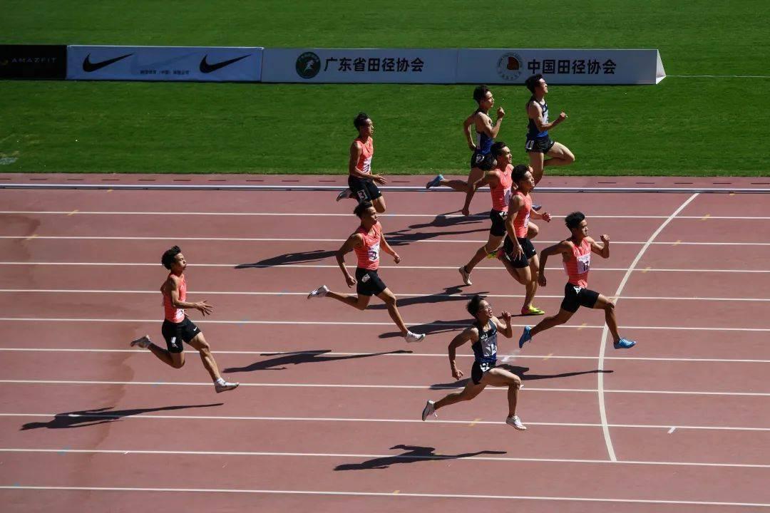 中国田径协会短跑项群基地赛第二站  李文杰 梁小静分获男女百米冠军_比赛