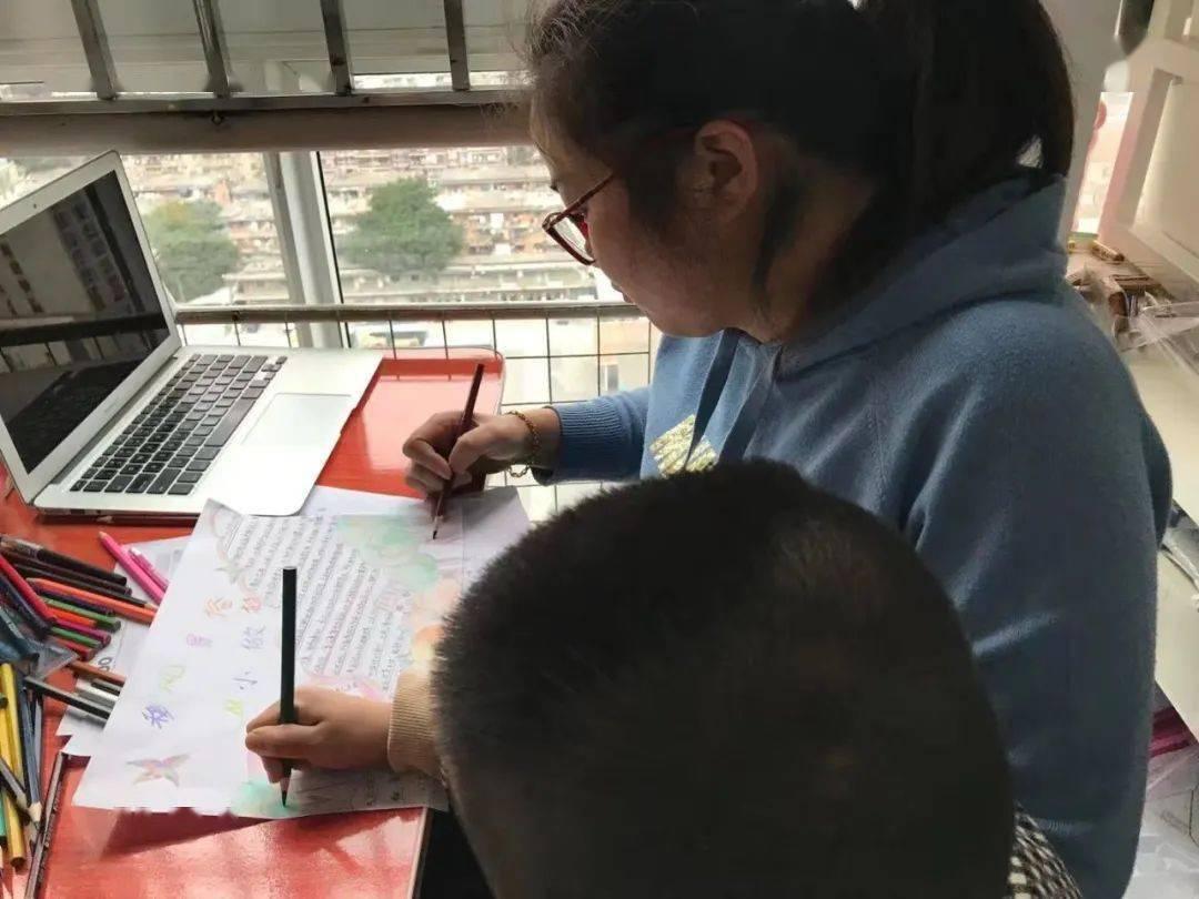 画移风易俗从小做起的手抄报 手抄报版面设计图-蒲城教育文学网