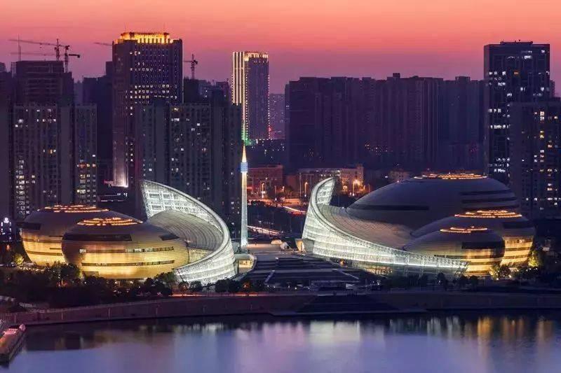 2021年郑州经济总量_郑州经济技术学院