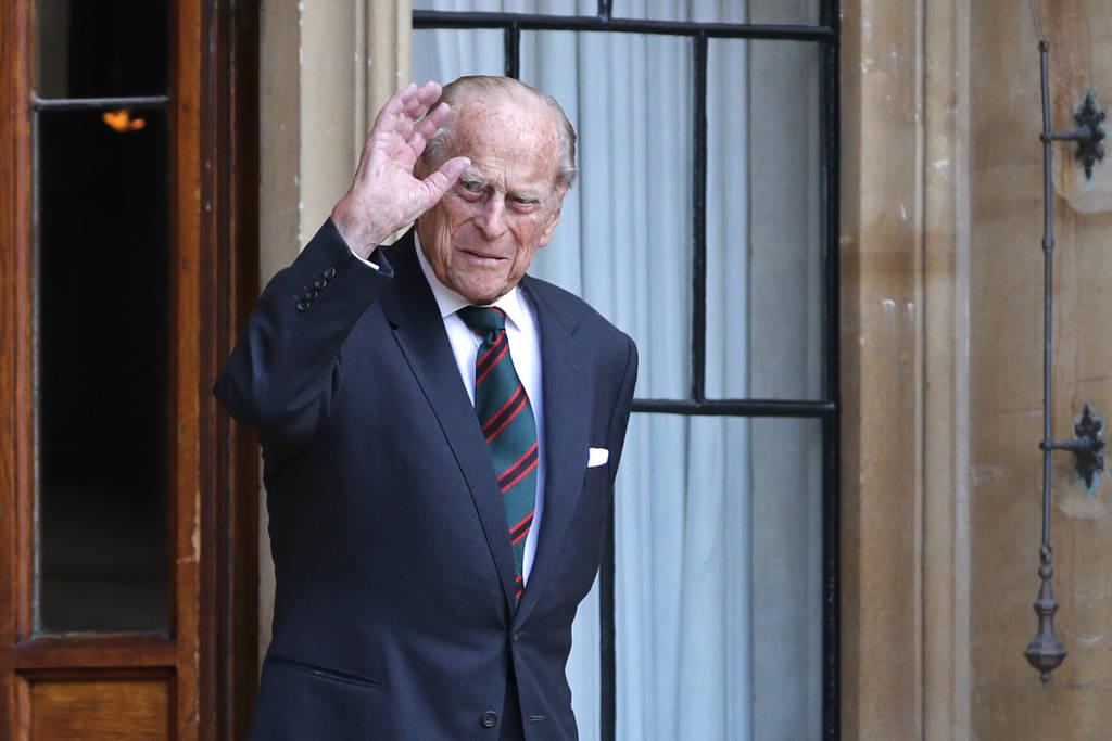 英国女王99岁丈夫住院后近况曝光