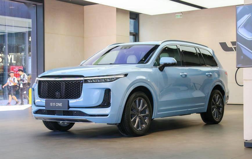 李翔发了一封内部信:2025年,我将成为中国第一智能电动车企业