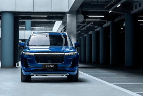 理想汽车上市7个月实现首次季度盈利,加速备战纯电项目_李想