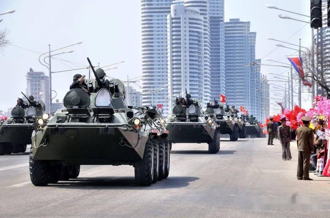 主体的力量!BTR-80装甲运兵车·坠毁在韩国的不明型号无人机