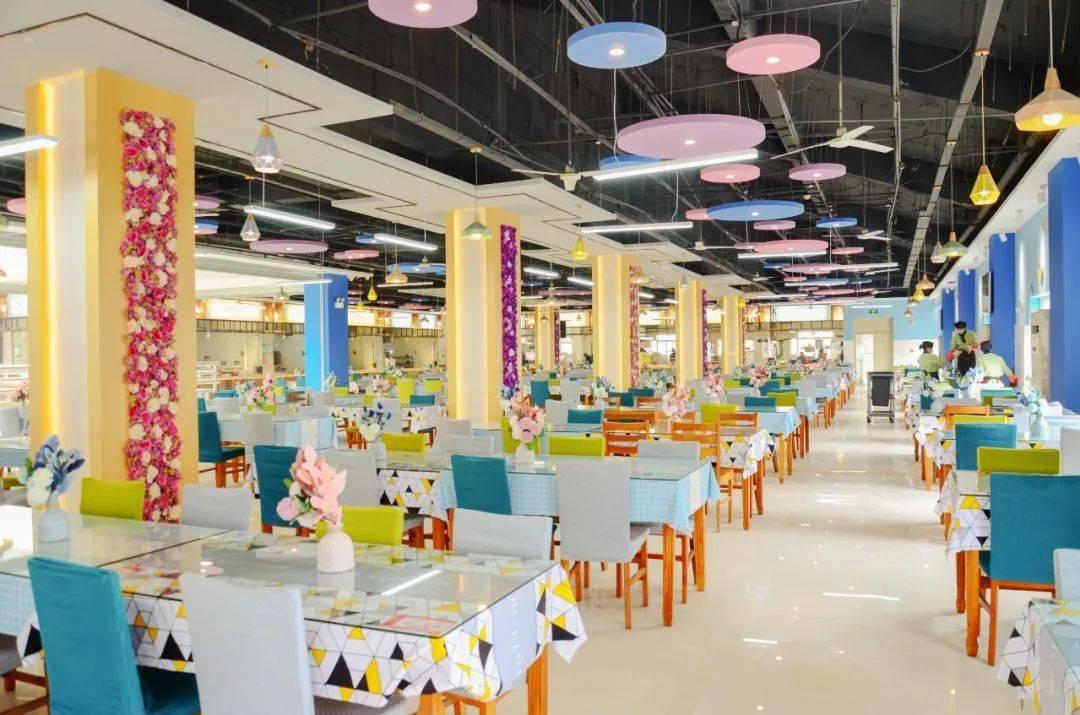 中南大学食堂一直默默努力,然后惊艳了所有人!
