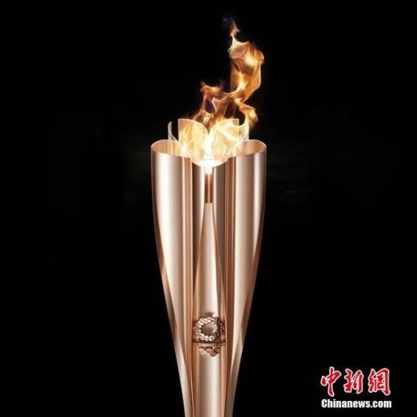 370天等待!东京奥运开启圣火传递,传递的不只火炬
