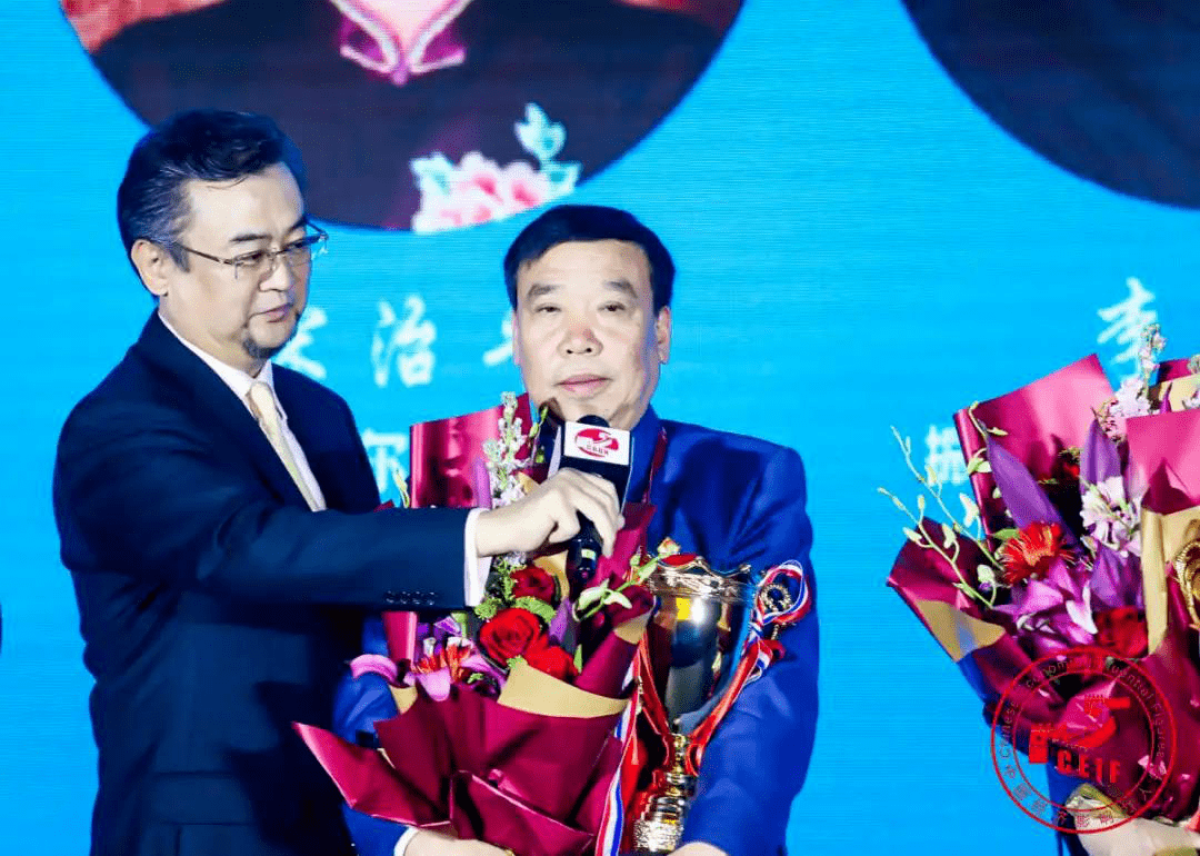 振东集团董事长_振东集团车辆