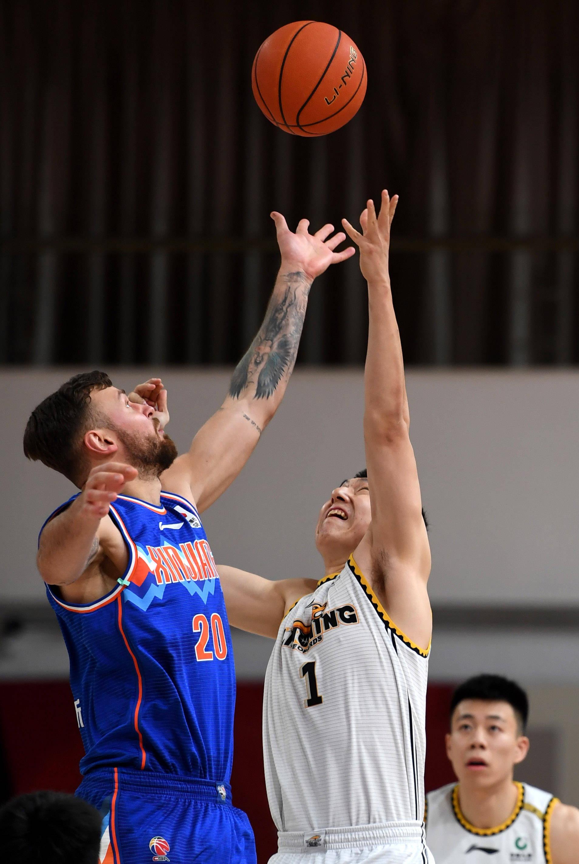篮球——CBA第四阶段:辽宁本钢对阵新疆伊力特