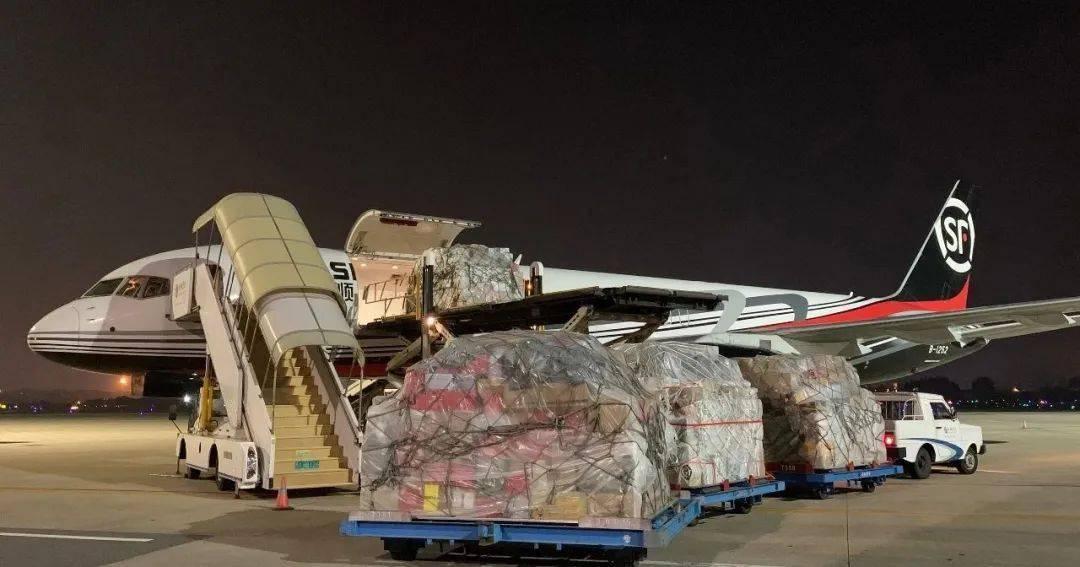 厦门机场国内货运又有新突破,首班B757全货机满载起飞!