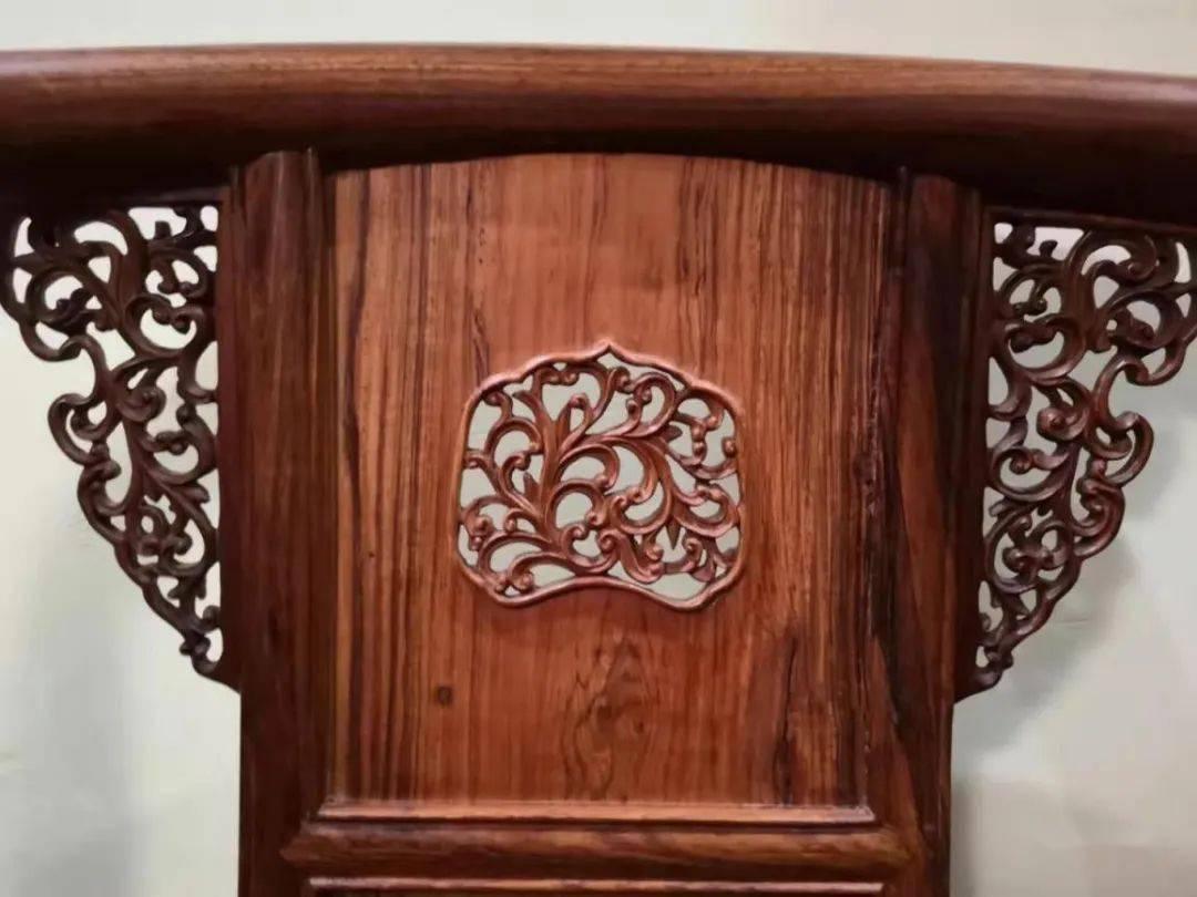 黄花梨的工艺,红木的硬度,柞榛木家具为什么不如黄花梨家具值钱  黄花梨哪里值钱