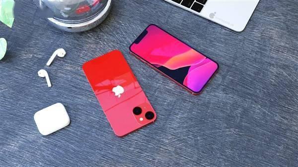 iPhone 13 mini高清渲染图:刘海更下、屏占比更高的照片 - 7