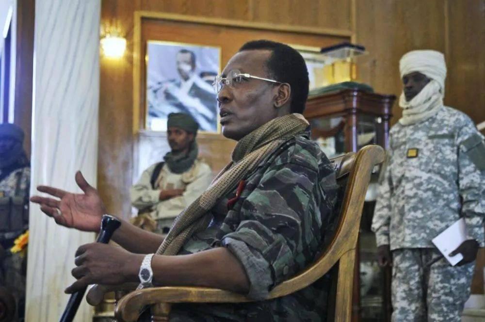 盛图开户掌权30年总统代比战死前线,乍得到底有多乱?