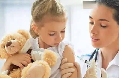 宝宝因打疫苗变脑瘫!为防止意外 家长要在娃打疫苗前弄懂这些事…