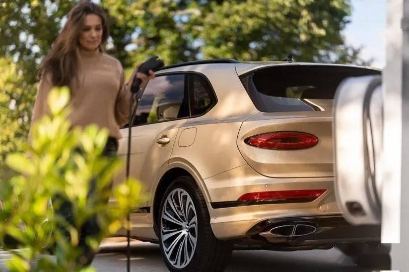 【取用集团资源】Bentley品牌首款纯电SUV传将于2025年面世_Audi