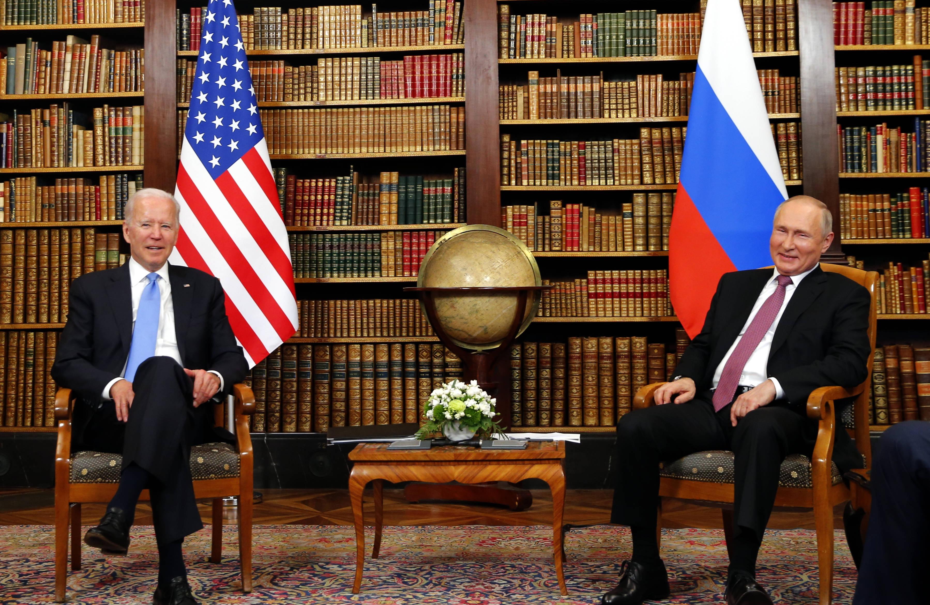 美国总统拜登和俄罗斯总统普京举行会晤
