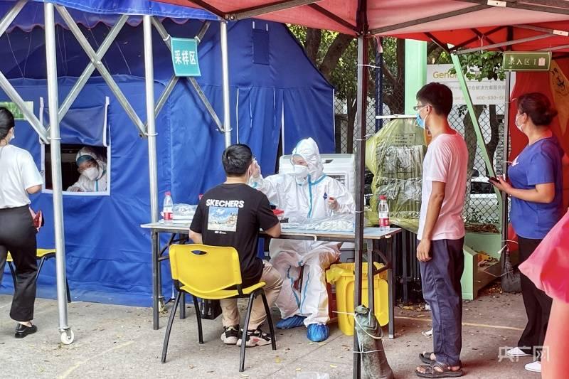 市民排长队!福州、厦门、莆田增加核酸检测点