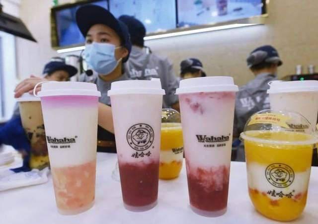 """娃哈哈""""搞不定""""奶茶店,50万元加盟费用买""""情怀""""值得吗?"""